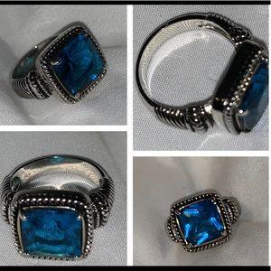 Premier Designs Blue Sparkles! Ring Size 6